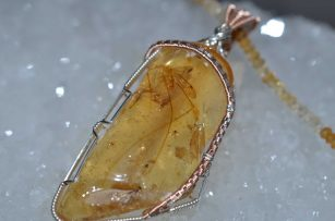 Tiny Dancer Pendant, Mosquito Trapped in Amber