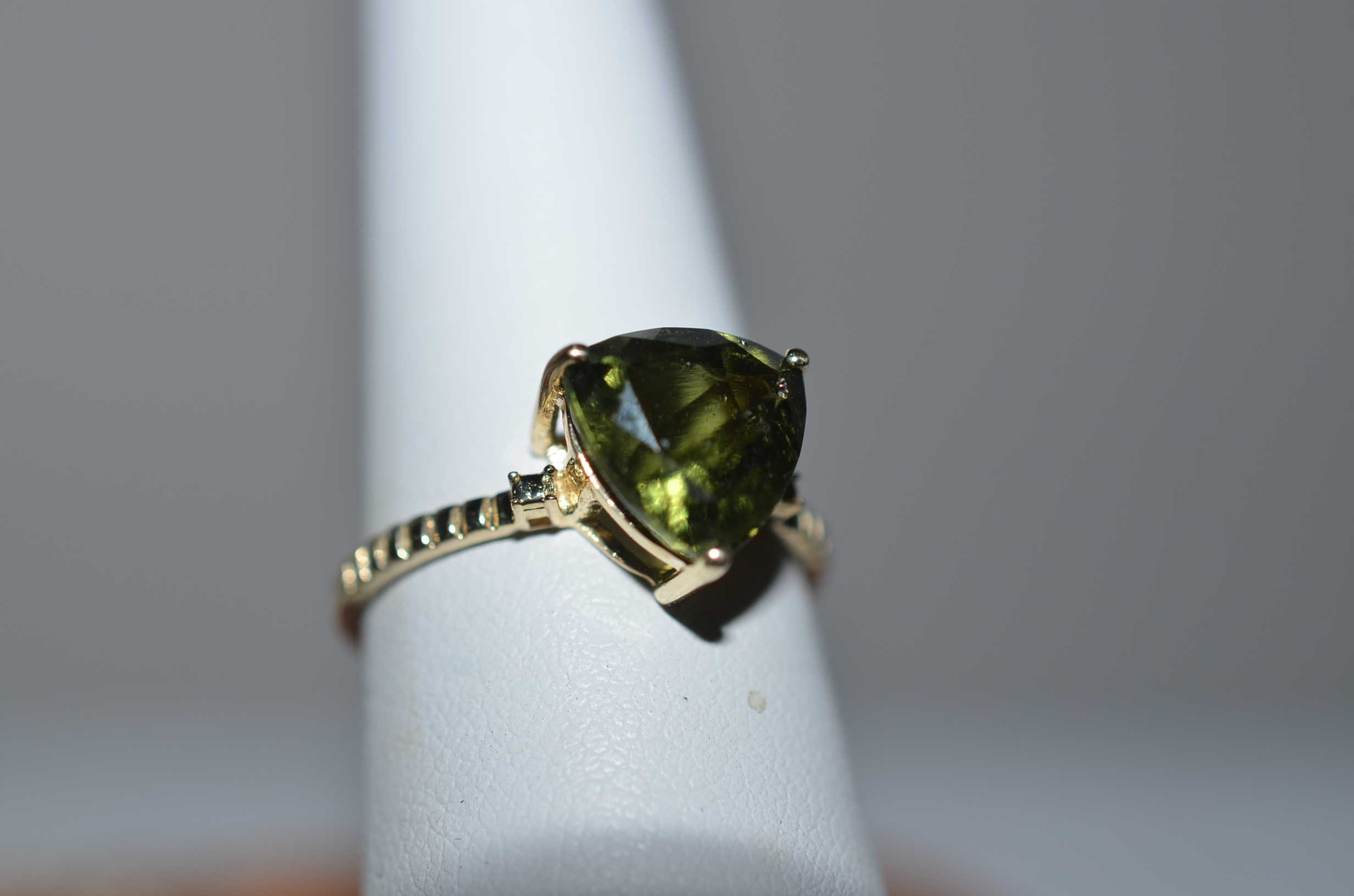 collection virginia the green from garnet in diamond products rings henry tsavorite elizabeth img sphene and ring