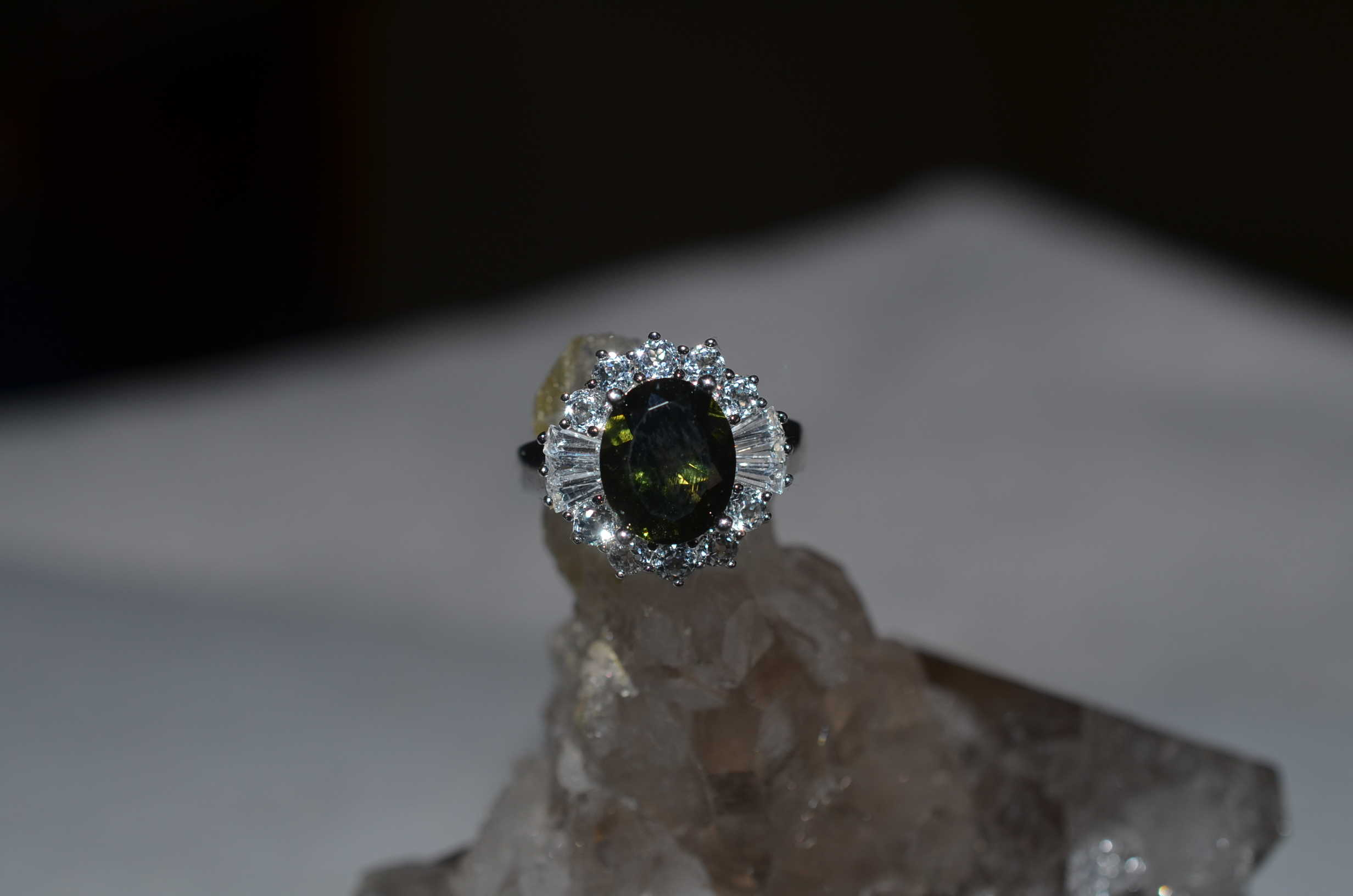 store spinel sphene p size platinum cts online karis tgw bond thai black brass s rings jewelry ring collection men